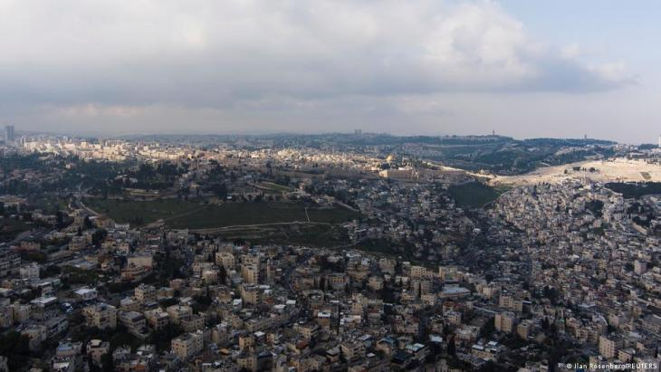 An aerial view shows walls surrounding Jerusalem's Old City and The Dome of the Rock, located on the compound revered by Jews as the Temple Mount and Muslims as the Noble Sanctuary, in Jerusalem, 30 March 2021. Picture taken with a drone (photo: REUTERS/Ilan Rosenberg)