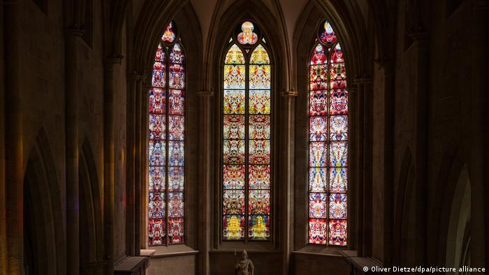 Gallery Images   Muslim artist designs stained glass windows for German abbey (photo: Manja Wolff/DW)