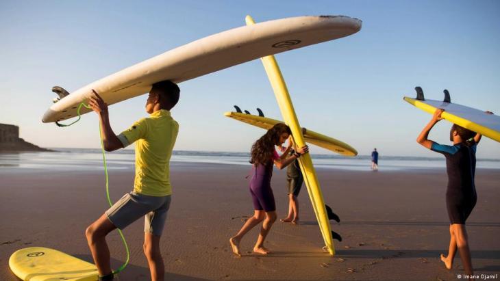 Surfing students in Tarfaya, Morocco (photo: Imane Djamil)