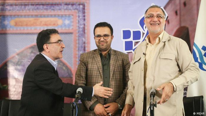 55-year-old Aliresa Sakani (r.) is head of the state parliamentary research centre. He registered to run for president in 2013 and 2017, but was disqualified each time. It is not known why he was rejected then and has been allowed to run this time. Sakani is among the fiercest critics of the government of incumbent President Rouhani