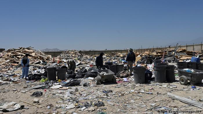 U.S. rubbish heaps in Bagram