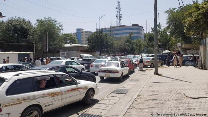 Mass exodus from Kabul (photo: Khodaiberdi Sadat/AA/Getty Images)