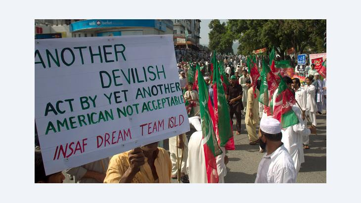 People protesting against the controversial American anti-Islam film in Islamabad, Pakistan, on 21 September 2012 (photo: AP Photo)