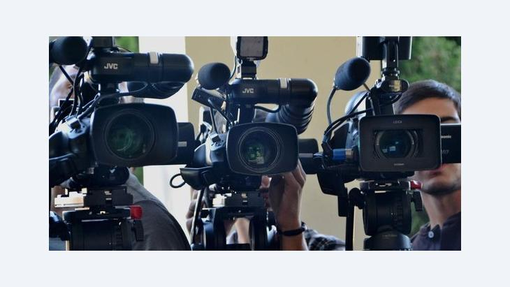An array of television cameras pointed at the viewer (photo: DW)