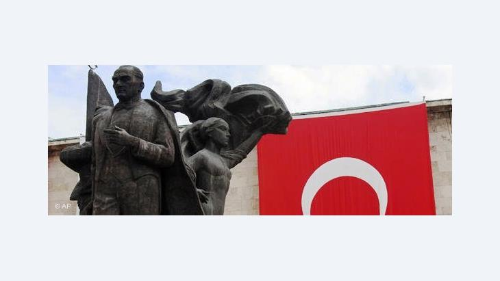 Statue of Mustafa Kemal Ataturk in Ankara (photo: AP)