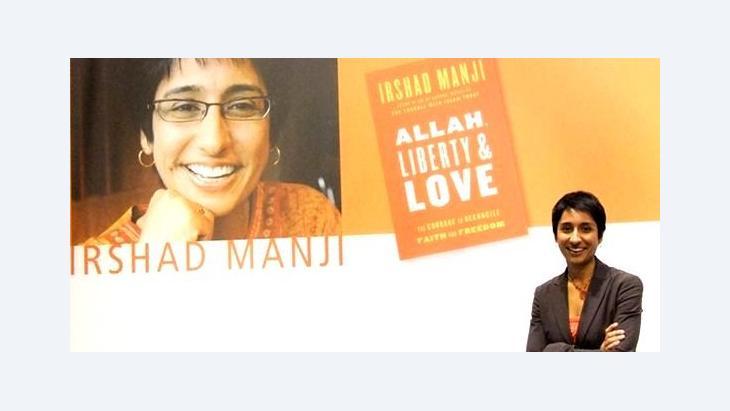 Irshad Manji and her book Allah, Liberty and Love (photo: Christoph Dreyer)