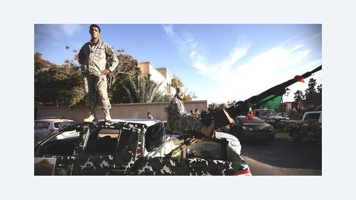 Brigade unit on patrol in a housing area in Tripolis, Libya (photo: Getty Images)