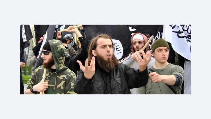 Radical Salafis protesting in Solingen, Germany on 1 May 2012 (photo: dpa)