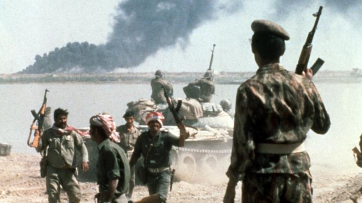 The trauma of the Iran-Iraq war is still present: In the 1980s, tens of thousands of Iranian soldiers fell victim to Saddam Hussein's poison gas attacks. Many war veterans still suffer from the consequences