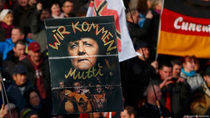 """Anti-Muslim racism: Merkel and """"the danger of self-Islamisation"""" -  Qantara.de"""