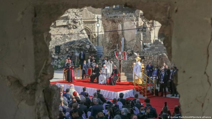 Pope Francis visits Mosul, Iraq