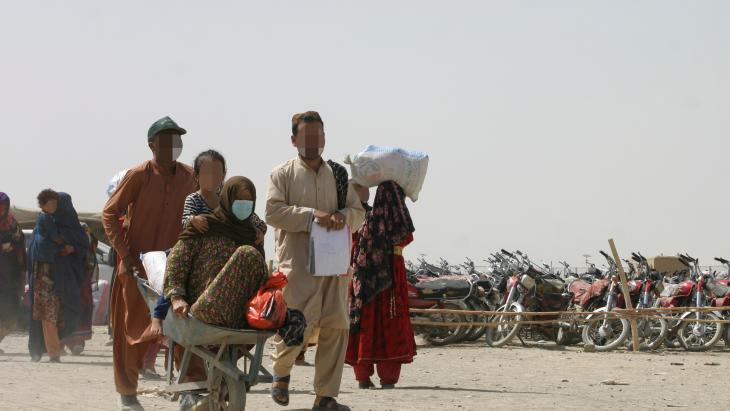 The model used by the World Bank and bilateral aid donors in Yemen could be applied in Afghanistan.