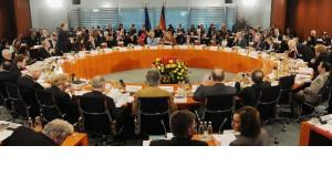 Delegates at the fifth Integration Summit at the German Chancellery (photo: dpa)