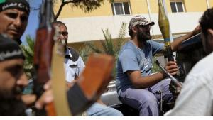 Rebels in Tripoli (photo: picture-alliance/dpa)