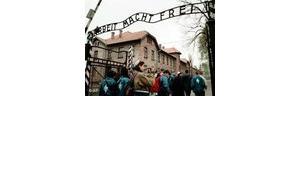 Israeli citizens visit Auschwitz-Birkenau, Foto: AP