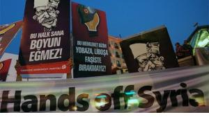 ''Hands off Syria!'' - Anti-War demonstration Istanbul's Taksim Square (photo: AP/dapd)