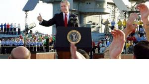 George W. Bush during the Mission Accomplished-speech in 2003 (photo: AP)