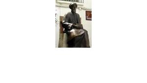 Maimonides statue in Córdoba, Spain (photo: Jewish Museum, Frankfurt, Germany)