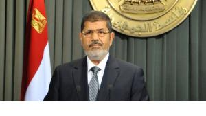 In this image released by the Egyptian Presidency, President Mohammed Morsi prepares to make a televised address to the nation in Cairo, Egypt, Wednesday,  26 December 2012 (photo: Egyptian Presidency/AP/dapd)