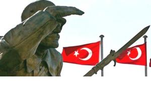 Statue of Ataturk in Ankara (photo: dpa)