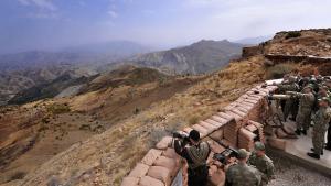 Turkish soldiers in the Kurdish territory Hakkari, close to the Iraqi border (photo: ddp images/AP Photo/Murat Cetinmuhurdar, Presidential Press Service)