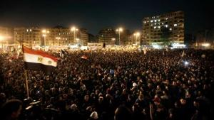 Hundreds of thousands of Egyptians demonstrating in Cairo against President Mursi and his controversial decrees in November 2012 (photo: dapd)