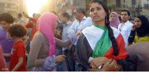 Democracy activists and demonstrators on Tahrir Square (photo: DW)