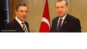 Secretary General of Nato Rasmussen and Turkish Prime Minister Erdogan (photo: picture alliance/dpa)