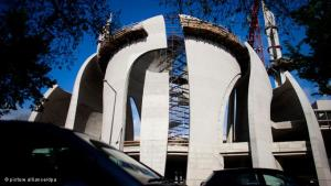 The construction of a large mosque in the Cologne district of Ehrenfeld triggered years of political and ideological debate on a national level. Public perception of the DITIB's central mosque has in the meantime undergone a transformation.