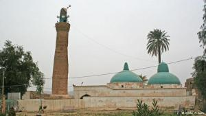 """According to Jewish sources, the prophet Daniel was brought to Babylon as a young man, where he was groomed as a servant at the Royal Palace. It is thought that Daniel was buried in this mosque, in the old castle in the northern Iraqi city of Kirkuk. The pilgrimage site was originally a Jewish synagogue. Later, a church was built on the site. Since the introduction of Islam to Iraq, it has been known as the """"Mosque of the Prophet Daniel"""". Photo: Munaf al-Saidy"""
