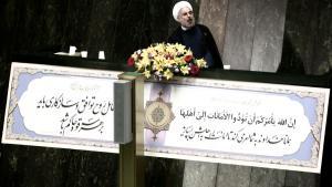 Irans Präsident Hassan Rohani während einer Rede vor dem Parlament in Teheran (photo: Behrouz Mehri/AFP/Getty Images)