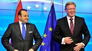 Turkey's Europe Minister Egemen Bagis (l.) and EU Commissioner for Enlargement, Stefan Füle (photo: Georges Gobet/AFP/Getty Images)