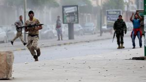 Clashes between the radical Islamist group Ansar al-Sharia and units of Libya's army in Benghazi (photo: Reuters)