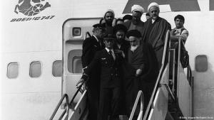 Ayatollah Khomeini arriving in Iran on 1 February 1979 (photo: Getty Images/Afp/Gabriel Duval)
