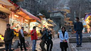 Young people in Darband, northern Tehran (photo: Massoud Schirazi)