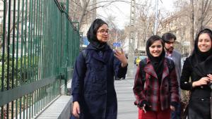 Iranian female students (photo: Massoud Schirazi)