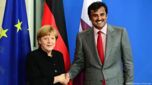 Chancellor Merkel and Sheikh Tamim bin Hamad Al Thani of Qatar in Berlin on 17 September 2014 (photo: AFP/Getty Images/J. MacDougall)