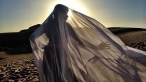 """Still from the film """"Desert Dancer"""" (photo: Senator)"""