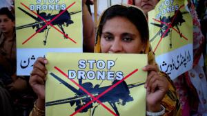 Protests against US drones in Pakistan (photo: picture-alliance/AP)