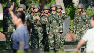 Chinese police units in Urumqi, Xinjiang (photo: picture-alliance/dpa)