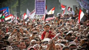 Demonstration during a speech on Tahrir Square, Cairo, 8 April 2011 (photo: Mosa'ab Elshamy)