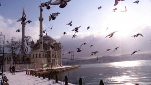 Ortakoy Mosque in Istanbul, which is said to be the model for the mosque Turkey offered to build in Cuba (photo: AP)