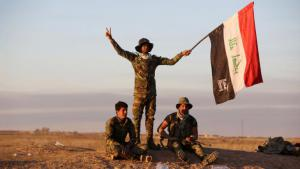 Shia units of the Iraqi army near the suburbs of Ad-Dawr near Tikrit (photo: Getty Images/AFP/Al-Rubaye)
