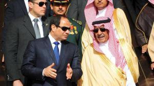 Egyptian President Abdul Fattah al-Sisi visiting the new Saudi King, Salman bin Abdulaziz, in Riyadh on 1 March 2015 (photo: picture-alliance/Office of the Egyptian President)