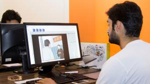"""Member of the Creative Frontiers team working on """"Paasban"""" (photo: Creative Frontiers)"""