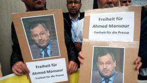 Protests in Berlin against the arrest of Ahmed Mansour in Berlin (photo: picture-alliance/dpa/P.Zinken)