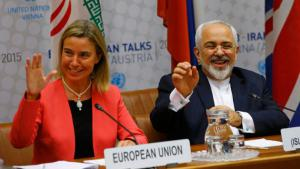 High Representative of the European Union for Foreign Affairs and Security Policy Federica Mogherini (left) and Iranian Foreign Minister Mohammad Javad Zarif, Vienna, July 2015 (photo: Reuters/L. Foeger)