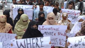 Members of the Baloch community protesting against the Pakistani government (photo: DW/A. Ghani Kakar)