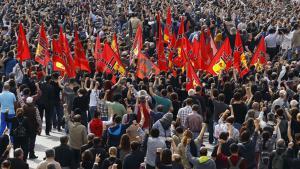 Mass gathering to commemorate bomb blast victims in Ankara (photo: Reuters/U. Bektas)