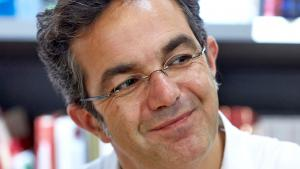 Author Navid Kermani on 15.09.2014 at a reading in a Koblenz bookshop (photo: picture-alliance/dpa/T. Frey)